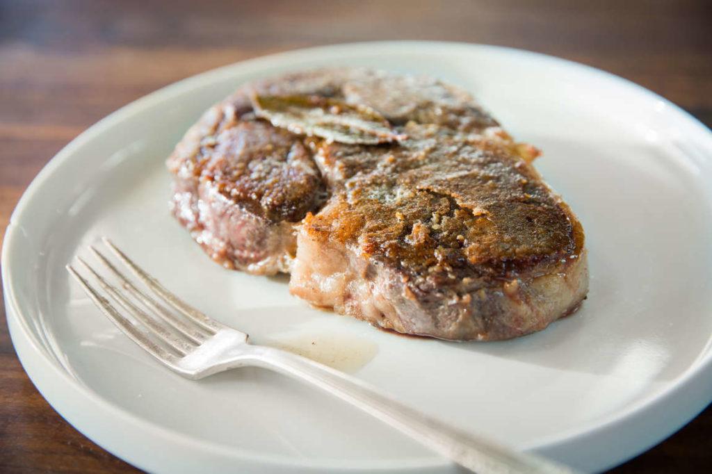 Pět způsobů, jak můžete dokončit svůj sous vide steak