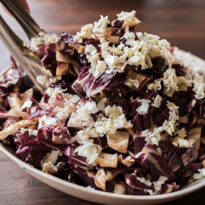 Rychlý čekankový salát se sýrem jako z vašeho steakhousu!