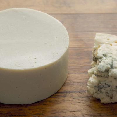 Modrý sous vide sýr