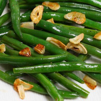 Zelené fazole s česnekem